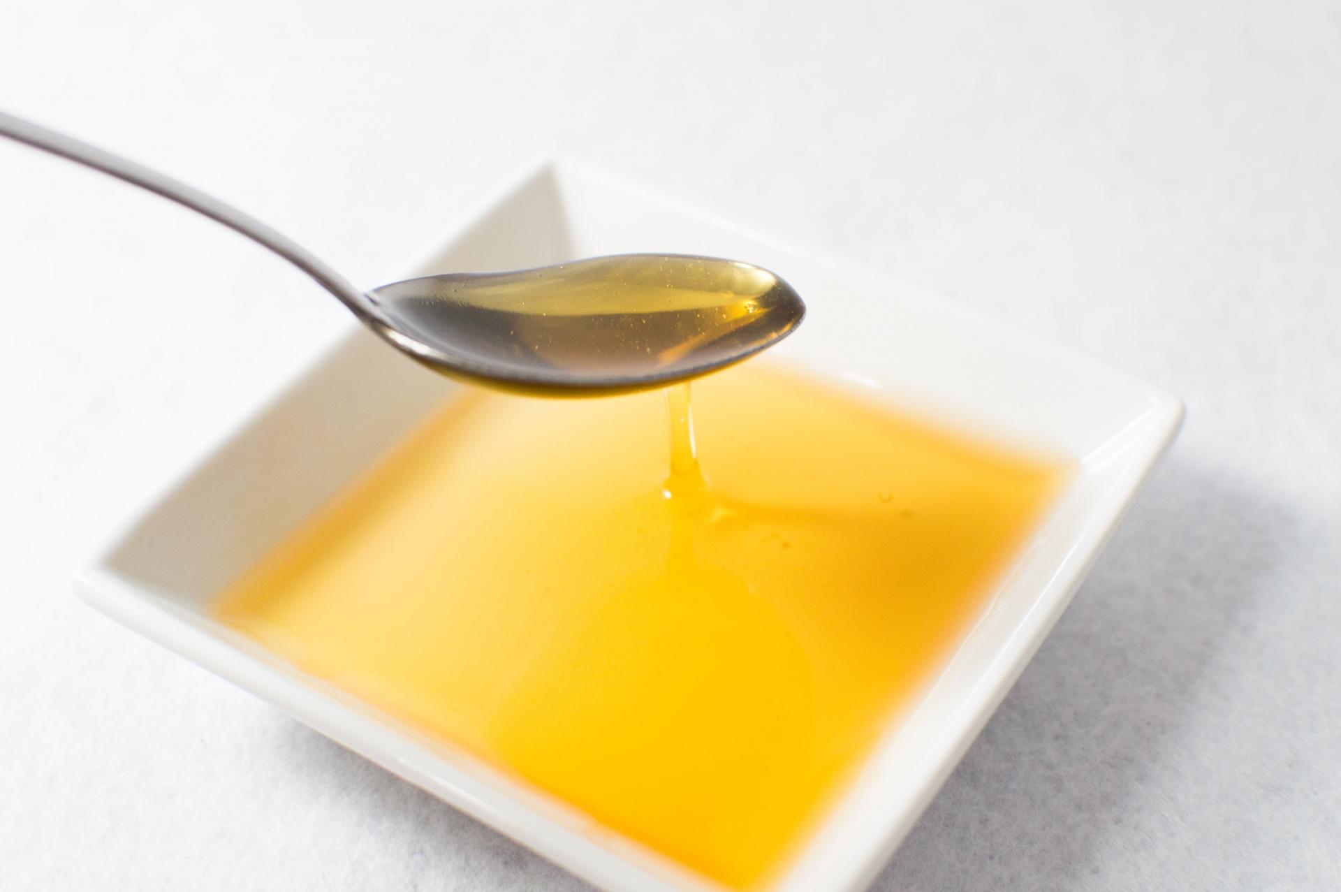 健康意識が高い人は「油」に注目している!50代からの健康を守るオススメオイルとは?